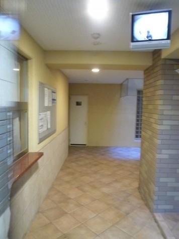 MOMOZONO 建物画像6