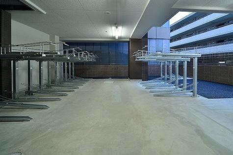 ヴォーガコルテ中野坂上 建物画像6