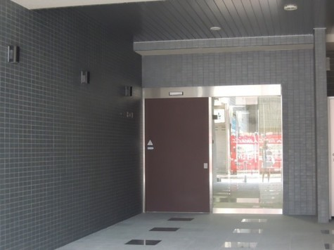 テーラードコート 建物画像6