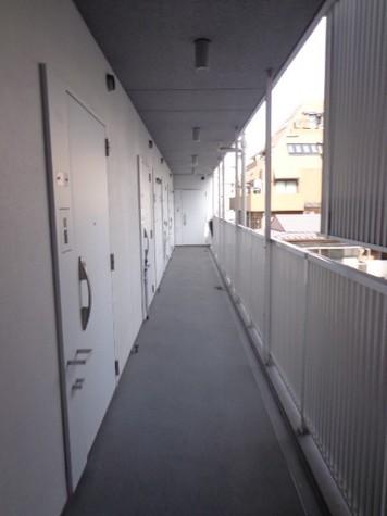 カスタリア中目黒(旧プラウドフラット中目黒) 建物画像6