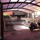 駐輪場 屋根が付いているので…