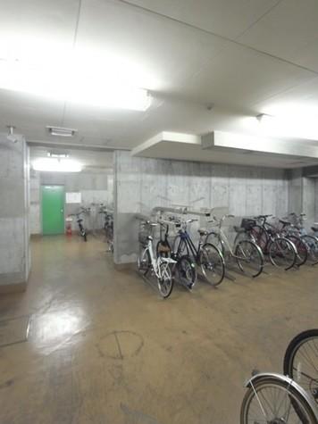 パレステュディオ渋谷本町 建物画像7