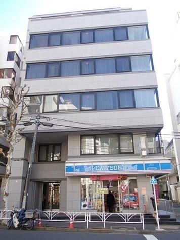 ローソン渋谷東一丁目店まで17m