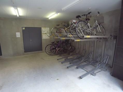 ジェノヴィア西新宿グリーンウォール 建物画像7
