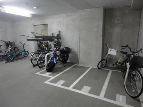グラーナ上野 建物画像8