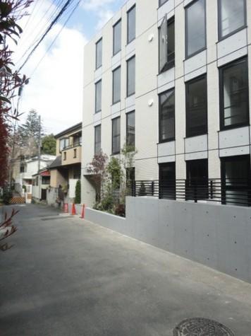 ラピス本郷 建物画像8