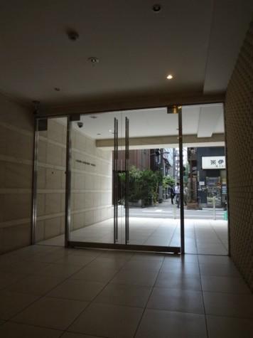 ラグジュアリーアパートメント本郷 建物画像8