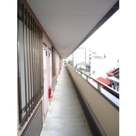 メゾン・ラフィール 建物画像9