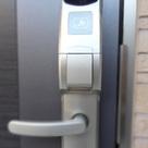 玄関ドア(非接触型ICカードキー対応)