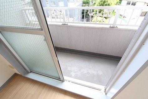 参考写真:バルコニー(6階・反転タイプ)