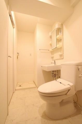 参考写真:サニタリールーム(7階・別タイプ)