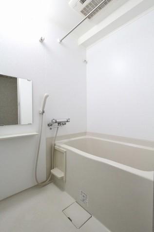 参考写真:浴室(3階・別タイプ)
