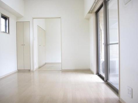 パレステュディオ新宿御苑 / 9階 部屋画像10