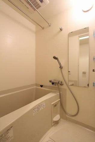 参考写真:浴室(8階・類似タイプ)