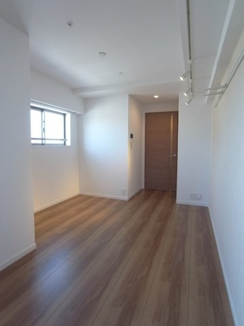 クレイシア新宿 / 11階 部屋画像10