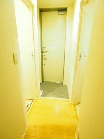 Crescent Hatsudai / 1階 部屋画像10
