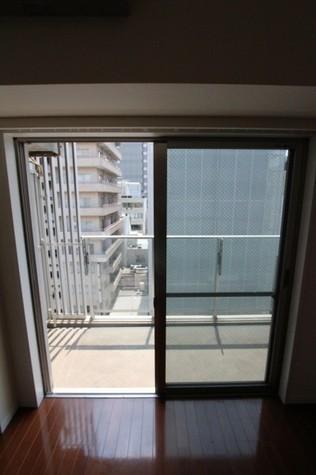 参考写真:バルコニー(7階・同タイプ)