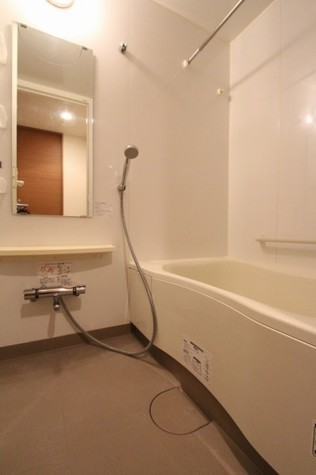 参考写真:浴室(3階・同タイプ)