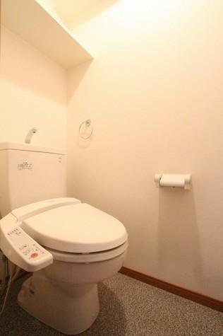 参考写真:トイレ(6階・別タイプ)