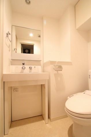 参考写真:サニタリールーム(10階・別タイプ)