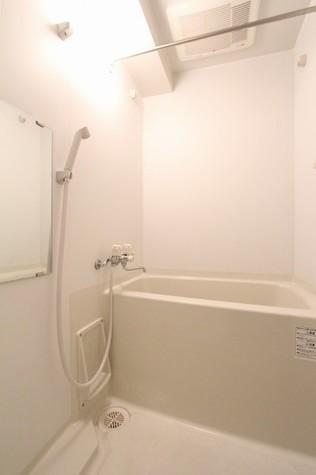 参考写真:浴室(4階・同タイプ)