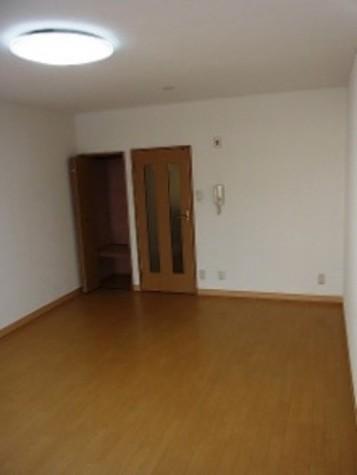 麹町 1分マンション / 4階 部屋画像11