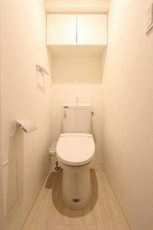 参考写真:トイレ(2階・類似タイプ)