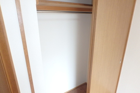OKU HOUSE / 2階 部屋画像11