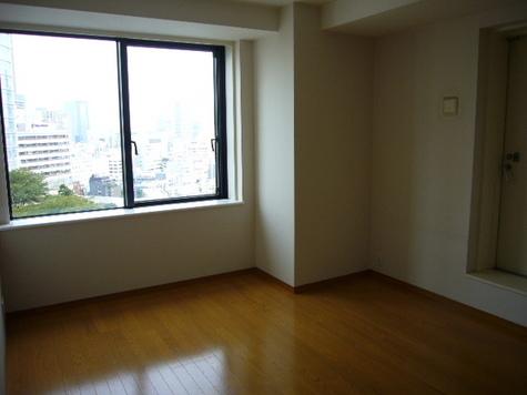 寝室(9.3畳)