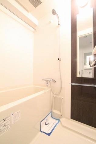 参考写真:浴室(10階・反転タイプ)