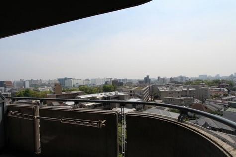参考写真:9階バルコニーからの景色
