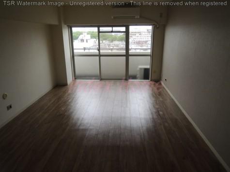同じ階の他号室になります。