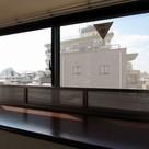 参考写真:側面窓からの景色