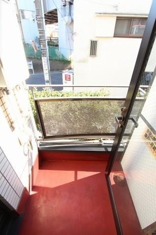 参考写真:バルコニー(1階・別タイプ)