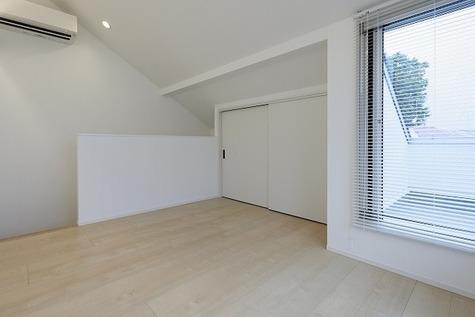 3階の寝室のお部屋です!