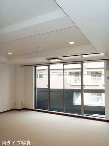 H&M南青山(エイチアンドエム南青山) / 3階 部屋画像2