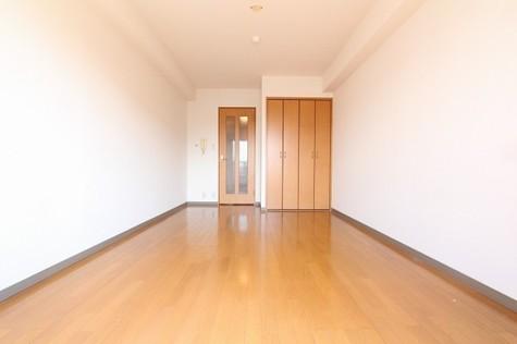 参考写真:洋室(8階・別タイプ)