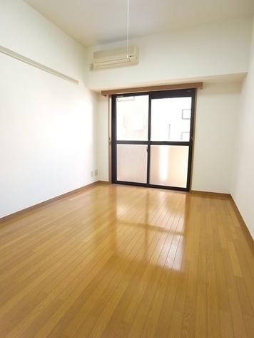 菱和パレス御茶ノ水湯島天神町 / 8階 部屋画像2