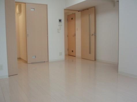 スパシエルクス横浜(旧フェニックスレジデンス西横浜) / 7階 部屋画像2