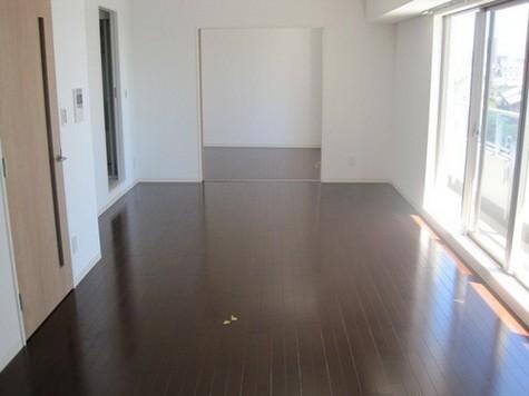 以下反転タイプ別室の写真です。現況優先でお願いします。