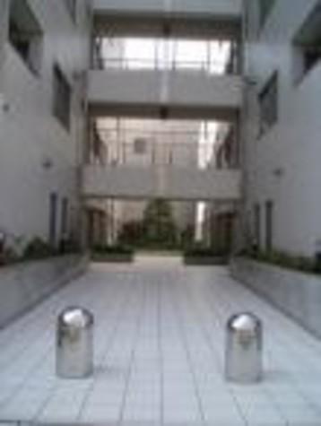 アパートメンツ目黒行人坂 / 2階 部屋画像2