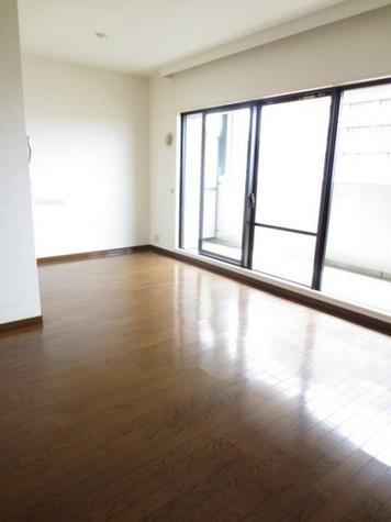横浜伊勢佐木南パークホームズ / 11階 部屋画像2