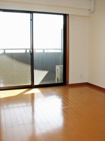エクセル東神奈川 / 9階 部屋画像2