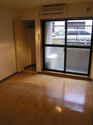 菱和パレス代々木公園 / 4階 部屋画像2