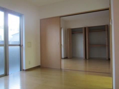 ユーナス / 2階 部屋画像2