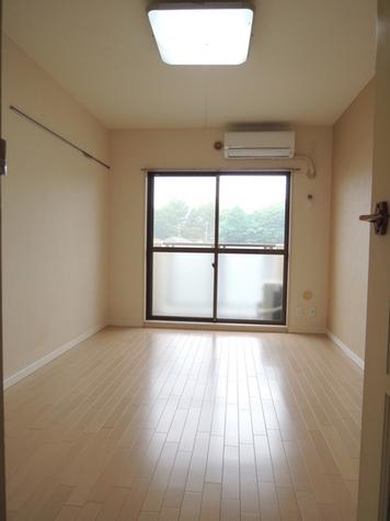 日神パレス三ツ沢公園 / 2階 部屋画像2