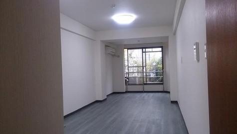 バルミー赤坂 / 1階 部屋画像2