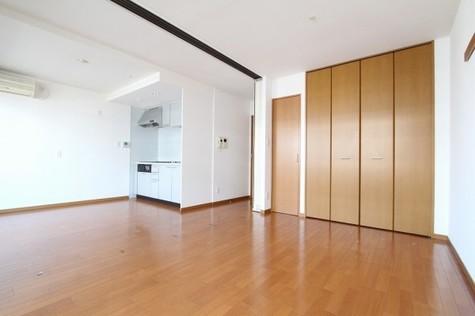 参考写真:LDK~洋室(7階・別タイプ)