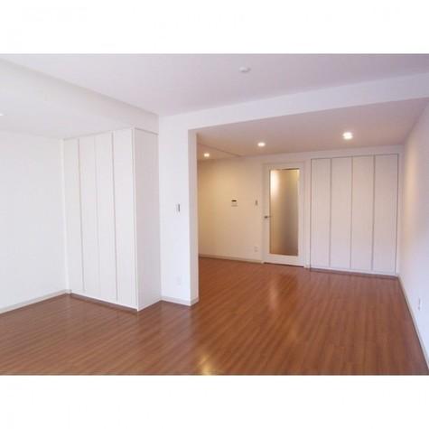 THEMELIOMEGURO / 3階 部屋画像2