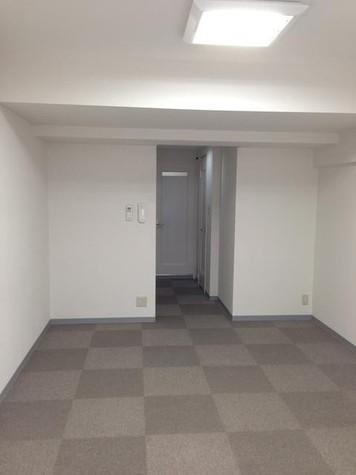 半蔵門 1分マンション / 6階 部屋画像2